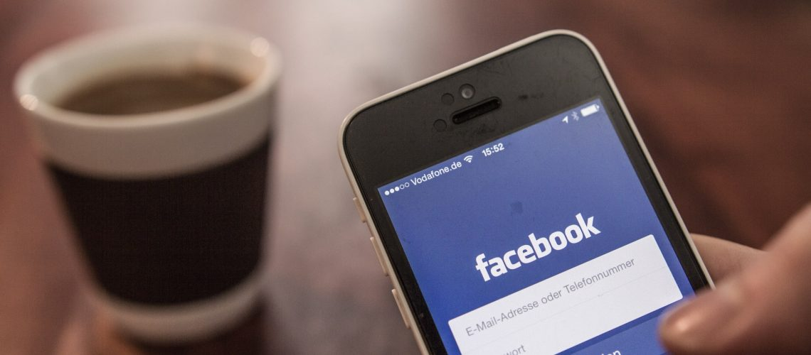 facebook-login-app-startup-screen_t20_bk2dVg
